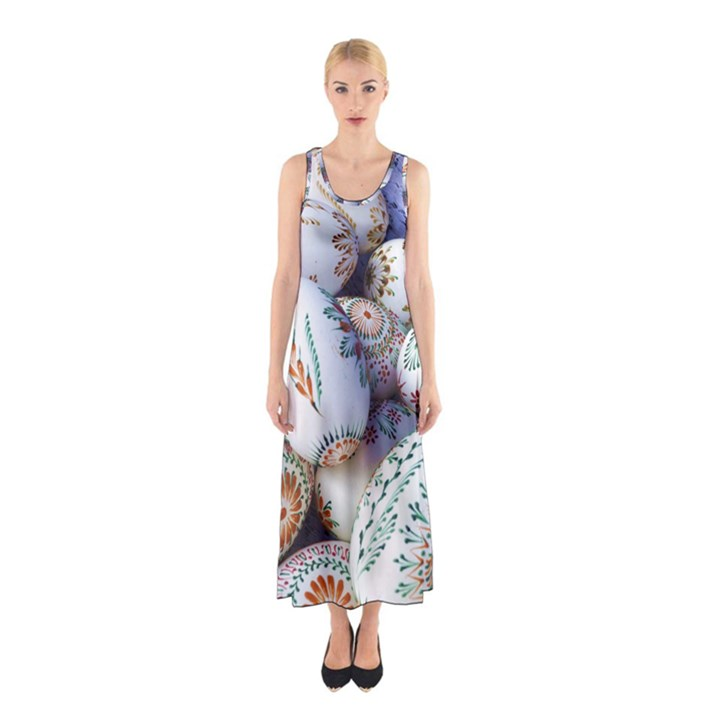 Model Color Traditional Sleeveless Maxi Dress
