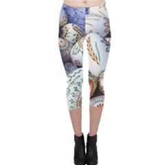 Model Color Traditional Capri Leggings