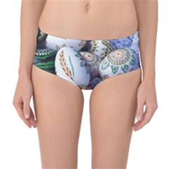 Model Color Traditional Mid Waist Bikini Bottoms