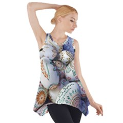 Model Color Traditional Side Drop Tank Tunic