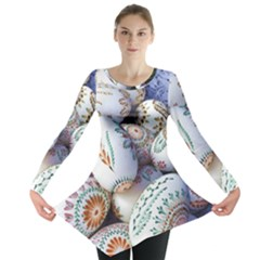 Model Color Traditional Long Sleeve Tunic