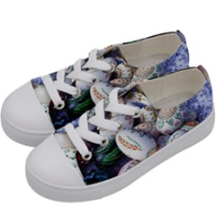 Model Color Traditional Kids  Low Top Canvas Sneakers