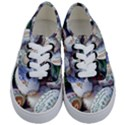 Model Color Traditional Kids  Classic Low Top Sneakers View1
