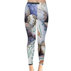 Model Color Traditional Inside Out Leggings