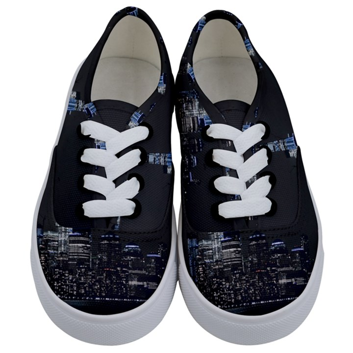 New York Skyline New York City Kids  Classic Low Top Sneakers