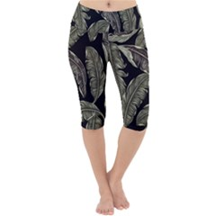 Jungle Leaves Tropical Pattern Lightweight Velour Cropped Yoga Leggings