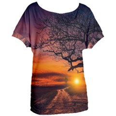 Lonely Tree Sunset Wallpaper Women s Oversized Tee