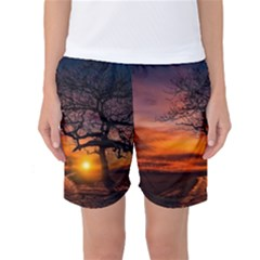 Lonely Tree Sunset Wallpaper Women s Basketball Shorts