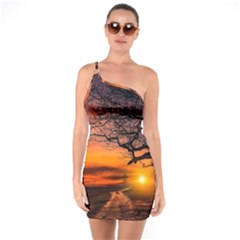 Lonely Tree Sunset Wallpaper One Soulder Bodycon Dress