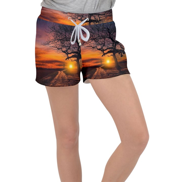 Lonely Tree Sunset Wallpaper Women s Velour Lounge Shorts