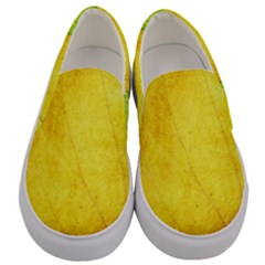 Green Yellow Leaf Texture Leaves Men s Canvas Slip Ons