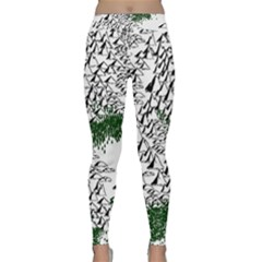 Montains Hills Green Forests Classic Yoga Leggings