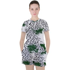 Montains Hills Green Forests Women s Tee And Shorts Set