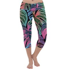 Leaves Tropical Jungle Pattern Capri Yoga Leggings