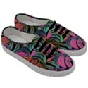Leaves Tropical Jungle Pattern Men s Classic Low Top Sneakers View3