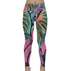 Leaves Tropical Jungle Pattern Lightweight Velour Classic Yoga Leggings