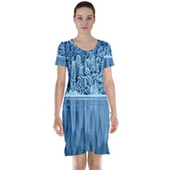 Snowy Forest Reflection Lake Short Sleeve Nightdress