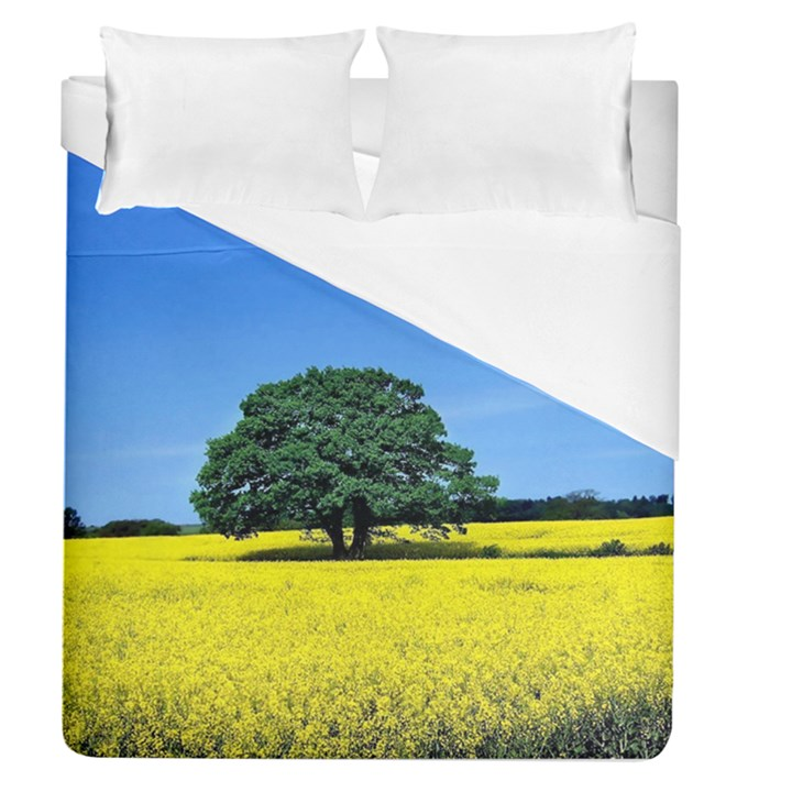 Tree In Field Duvet Cover (Queen Size)