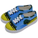 Tree In Field Kids  Classic Low Top Sneakers View2
