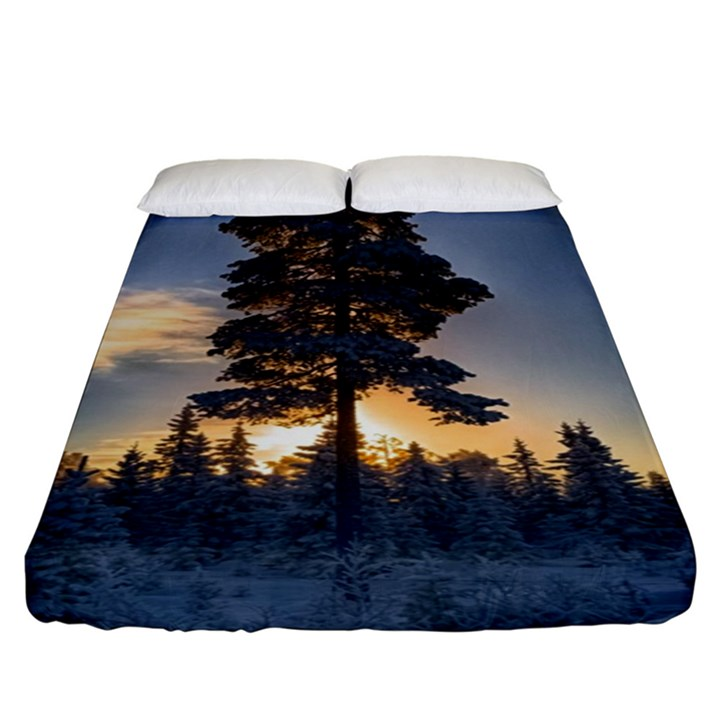 Winter Sunset Pine Tree Fitted Sheet (King Size)