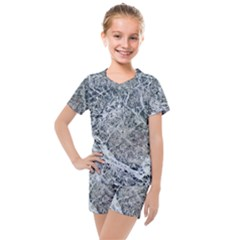 Marble Pattern Kids  Mesh Tee And Shorts Set
