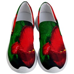 Red Tulip After The Shower Women s Lightweight Slip Ons