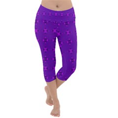Bold Geometric Purple Circles Lightweight Velour Capri Yoga Leggings