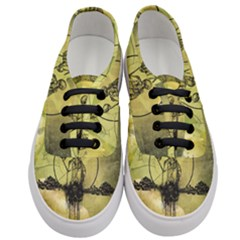 Awesome Creepy Skeleton With Skull Women s Classic Low Top Sneakers