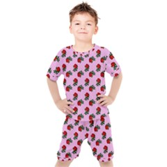 Red Roses Pink Kid s Set
