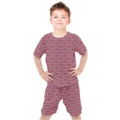 Retro Red Pattern Kid s Set