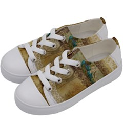 Tag 1763336 1280 Kids  Low Top Canvas Sneakers