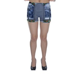 Winter 1660924 1920 Skinny Shorts