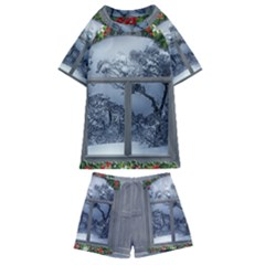 Winter 1660924 1920 Kids  Swim Tee and Shorts Set