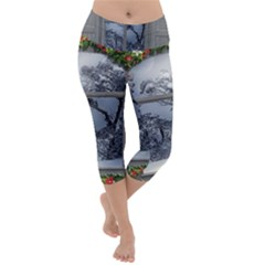 Winter 1660924 1920 Lightweight Velour Capri Yoga Leggings
