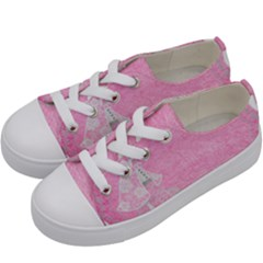 Tag 1659629 1920 Kids  Low Top Canvas Sneakers