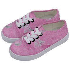 Tag 1659629 1920 Kids  Classic Low Top Sneakers