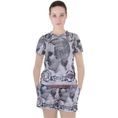 Vintage 1181664 1280 Women s Tee And Shorts Set