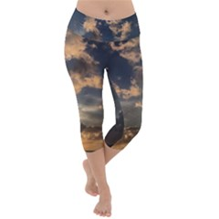 Sunset On Maui Lightweight Velour Capri Yoga Leggings