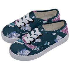Butterfly Pattern Dead Death Rose Kids  Classic Low Top Sneakers by Sapixe