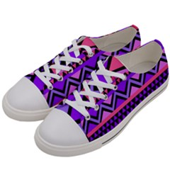 Seamless Purple Pink Pattern Women s Low Top Canvas Sneakers by Sapixe