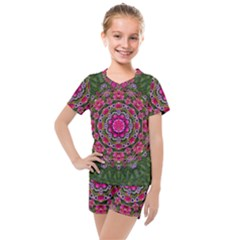 Fantasy Floral Wreath In The Green Summer  Leaves Kids  Mesh Tee And Shorts Set