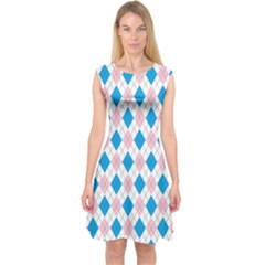 Argyle 316838 960 720 Capsleeve Midi Dress