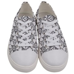 Black And White Pattern Women s Low Top Canvas Sneakers