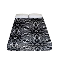 Black And White Pattern Fitted Sheet (full/ Double Size)