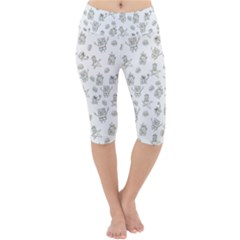 Doodle Bob Pattern Lightweight Velour Cropped Yoga Leggings