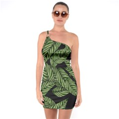 Tropical Leaves On Black One Soulder Bodycon Dress