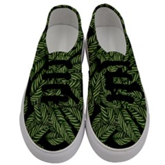 Tropical Leaves On Black Men s Classic Low Top Sneakers