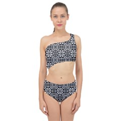 Fabric Design Pattern Color Spliced Up Two Piece Swimsuit