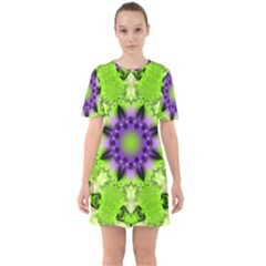 Abstract Background Art  Pattern Sixties Short Sleeve Mini Dress