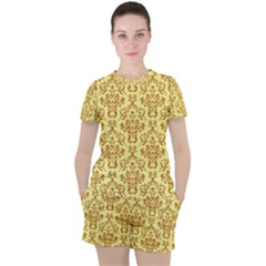 Victorian Paisley Yellow Women s Tee And Shorts Set